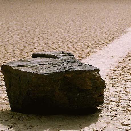 piedras-deslizantes-de-racetrack-playa