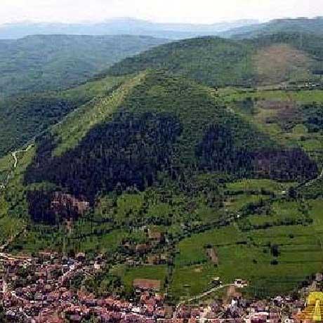 las-piramides-de-bosnia